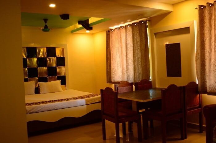 Hotel Mount Castle, Panchgani