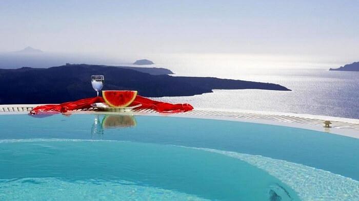 The Superior Pool Suite at Dana Villas