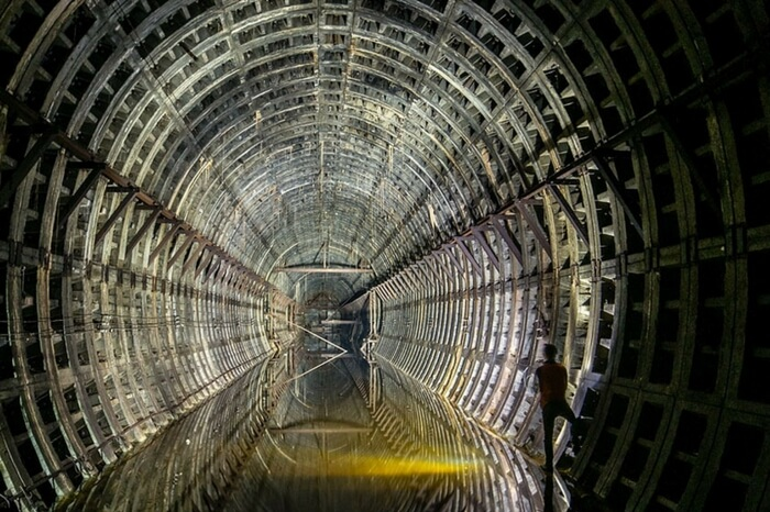 The image of an abandoned subway tunnel captured in the metro system underneath Kiev in Ukraine