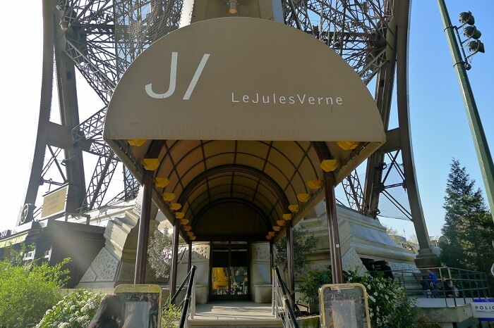 Ducasse Le Jules Verne Eiffel Tower entrance