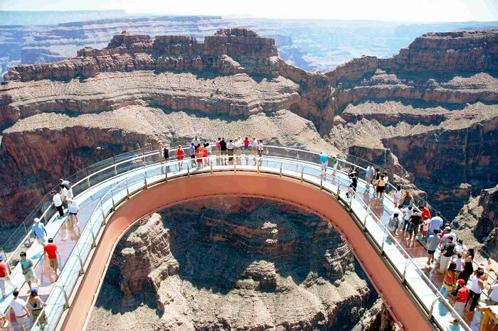 The elliptical Grand Canyon SkyWalk in US