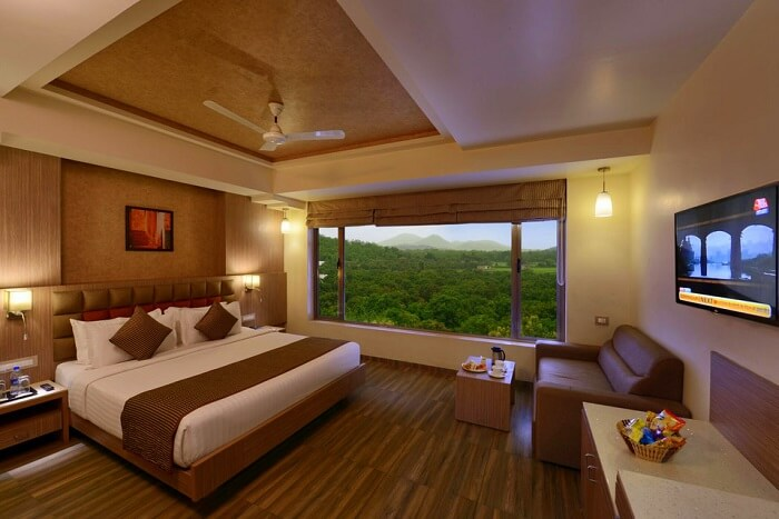 stay at lords resort in sasan gir