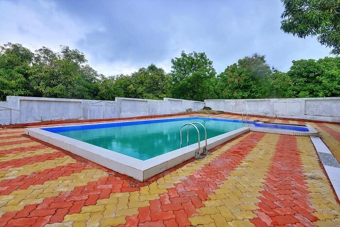 gir garden resort pool