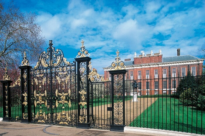 The grand entrance to the Kensington Palace in London