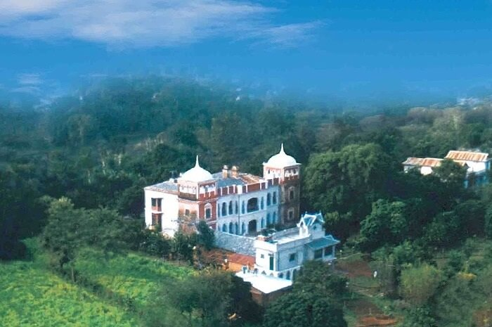 An aerial shot of the Judges Court Country Manor in Pragpur