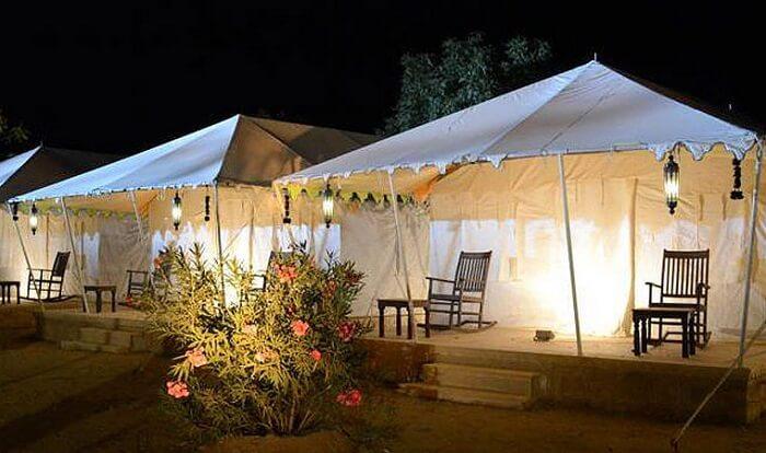 camps in wild desert resort