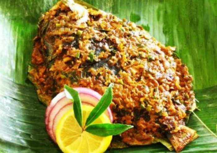 Grand Pavilion is most popular eatery for the Karimeen Pollichathu, Kochi