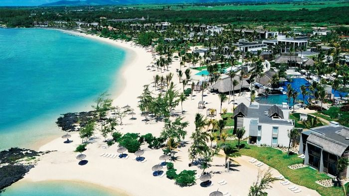 Mauritius's beautiful long beach hotels
