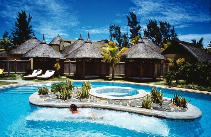 Extreme luxury or mid-budget resorts, Mauritius