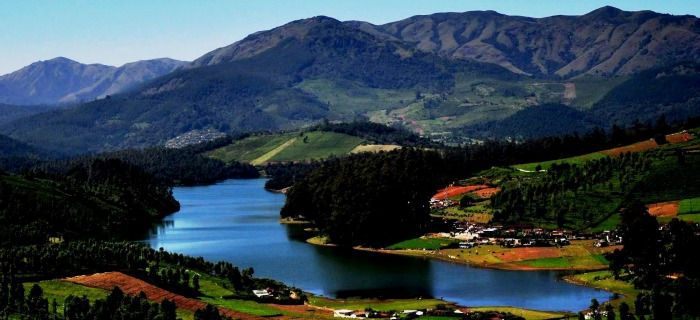 Ooty Lake - a romantic destination for the honeymoon