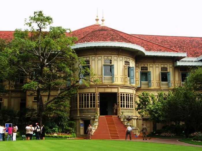 Vimanmek Teak Mansion, worlds largest golden-teak building