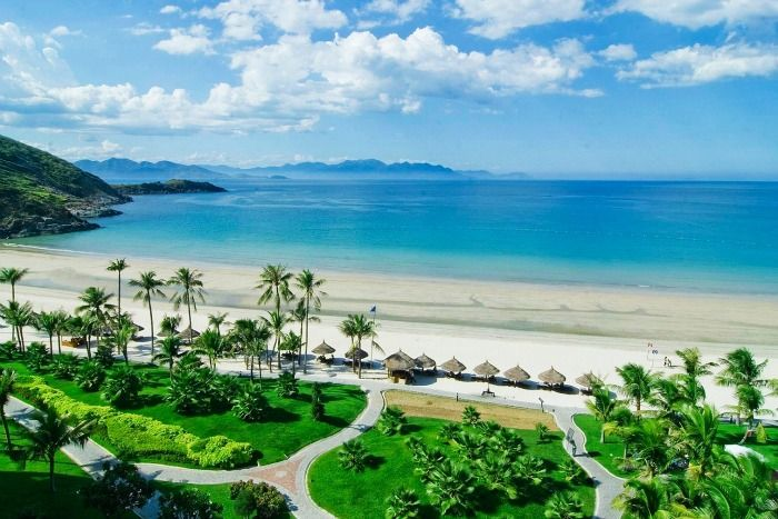 Nha Trang Beach Vietnam - ideal destination for a memorable holiday