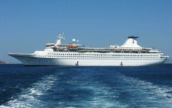 The famous Cochin Cruise