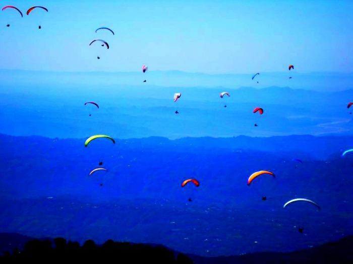 Paragliding capital,Kamshet near Mumbai