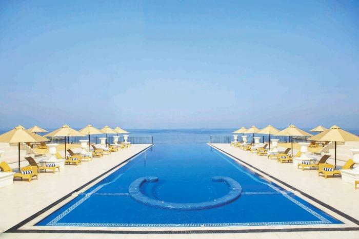 10 most romantic beach resorts in sri lanka for Kingsbury swimming pool timetable