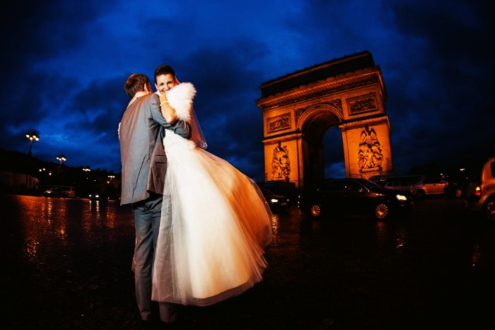 Newly married couple on their honeymoon in paris