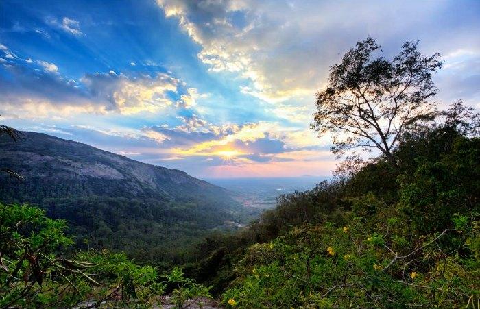 Sunset view from Nandi Hills, Karnataka