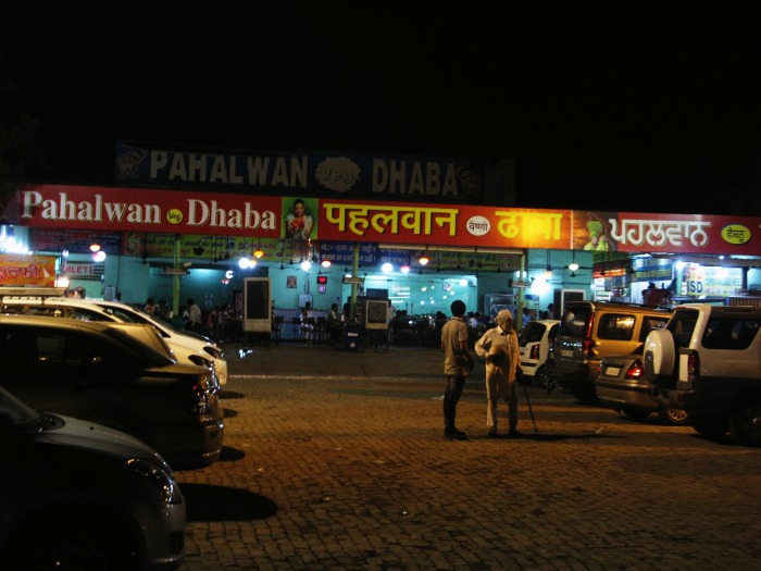 Enjoy butter rich stuffed paranthas at Pahalwan Dhaba in Murthal