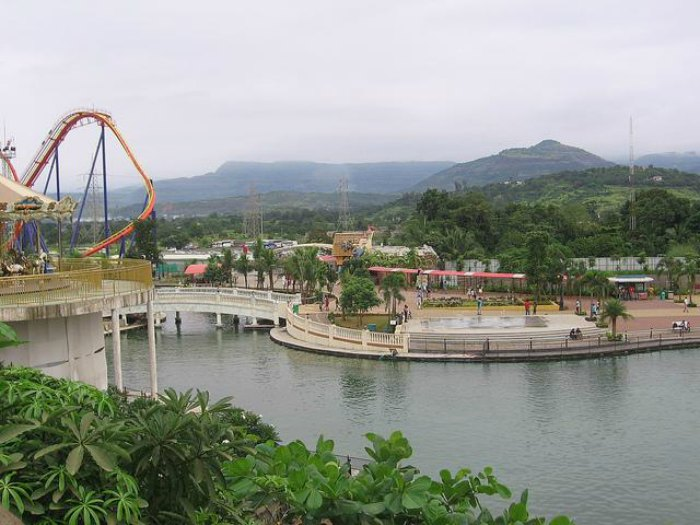 Adlabs Imagica is a perfect one day picnic spot near Pune for family