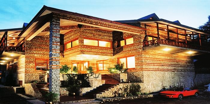 10 Best Hotels in Manali For Honeymoon (Starting with 4K)