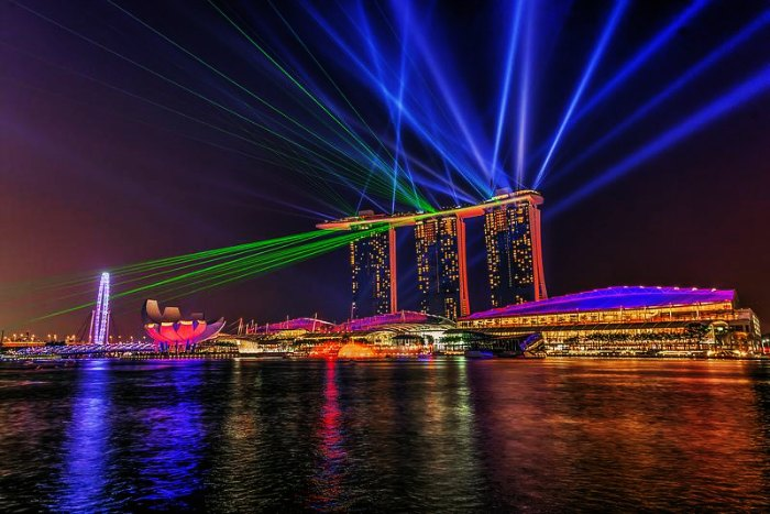 Marina Bay Sands Light and Water show in Singapore