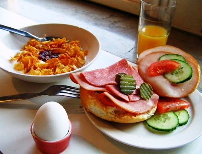 Fresh veggies, pancakes and eggs make for a perfect Swedish Breakfast