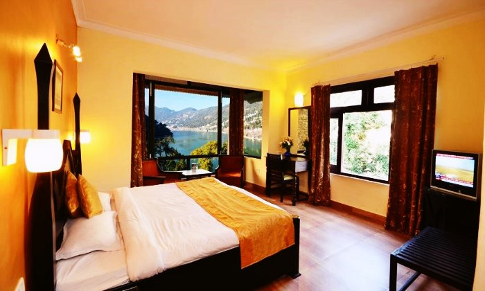 10 Fascinating Hotels In Nainital On Mall Road For A Momentous Stay