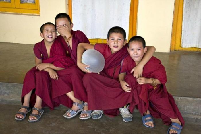 monks at mcleod ganj