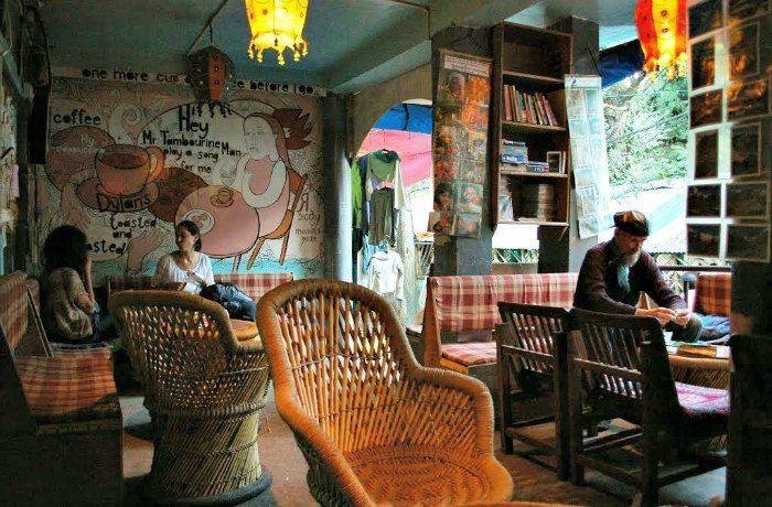old manali cafes