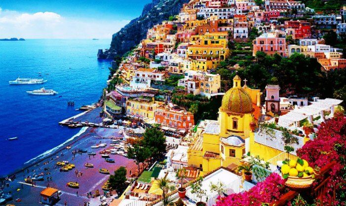 The gorgeous colorful vistas of Amalfi coast