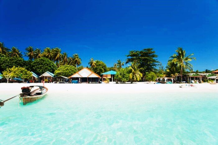 Surprise your love with a first anniversary celebration at the Andaman Islands