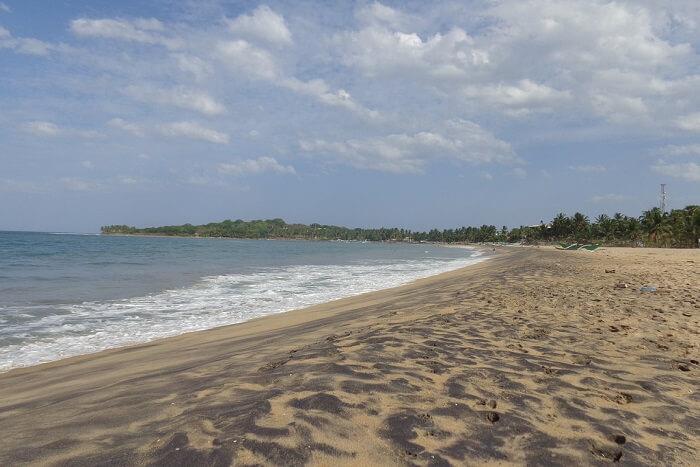 famous bay in Sri Lanka
