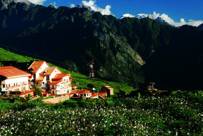 The beautiful valley of Auli - a must visit destination in Uttarakhand