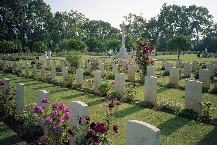 cemetery in Sri Lanka