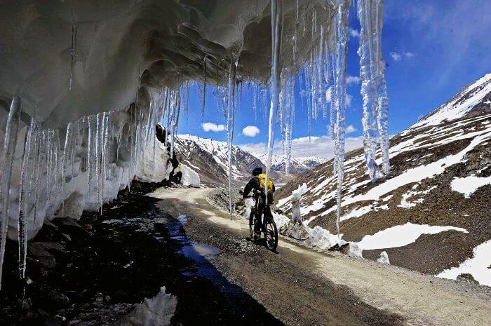 Cycle from Manali to Leh via Rohtang Pass