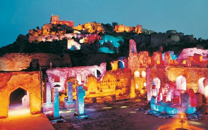 Witness the magic of erstwhile era in Golconda Fort