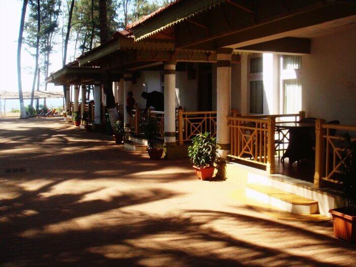 Golden Swan Beach Resort in Murud-Janjira
