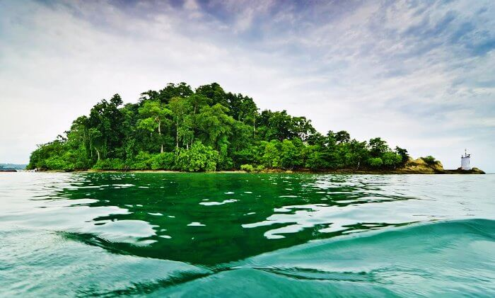 Havelock islands in Andaman are amongst the most romantic honeymoon spots in the world