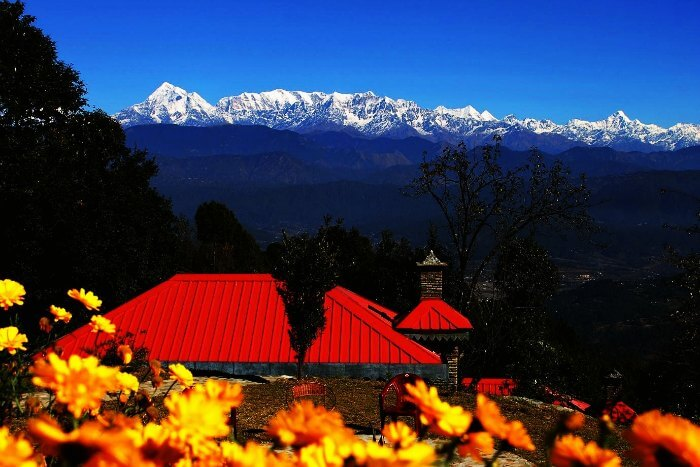 View of the himalayan peaks from Kausani