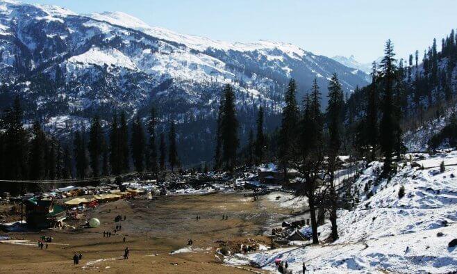 Kullu is a popular place to visit in Himachal Pradesh for honeymoon