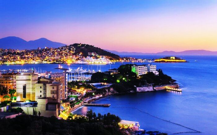 Spend a romantic evening on the Kusadasi harbour in Turkey