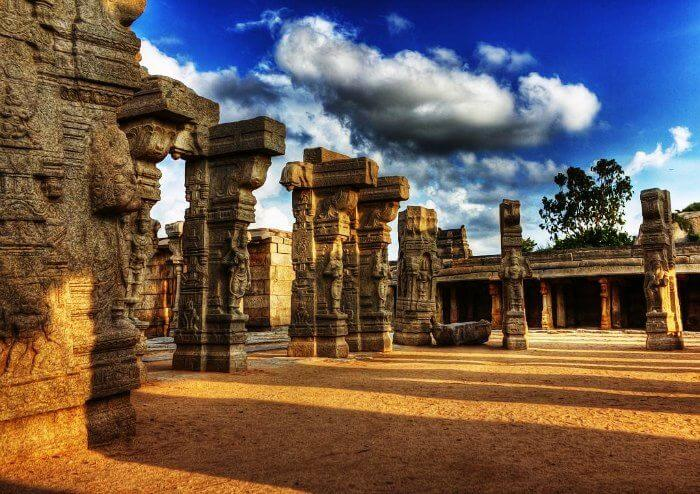 Marvel at the magnificent Lepakshi architecture