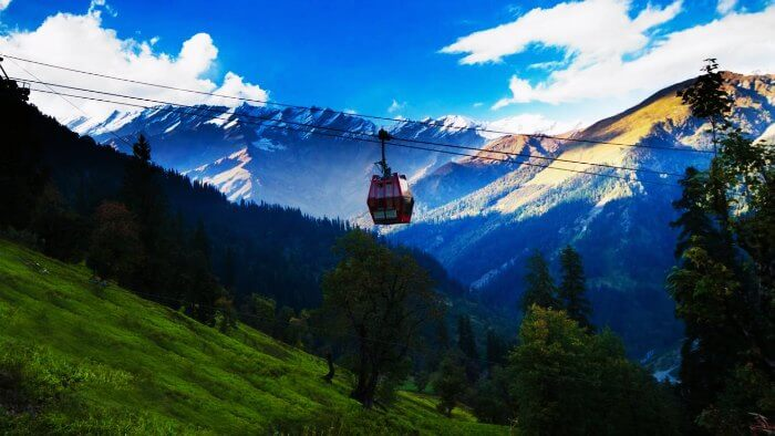 Manali ropeway is the most popular sight at this romantic honeymoon destination in Himachal