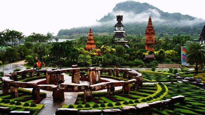 Noong Nooch Village in Pattaya