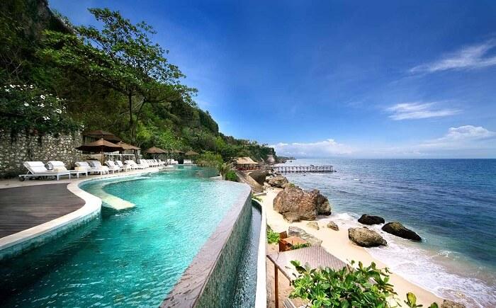swimming pool in ayana resort