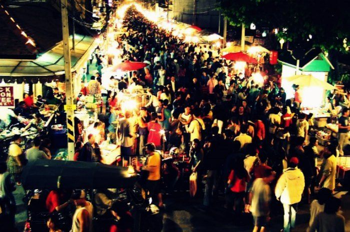 Chiang Mai night market is known to be one of the best places to visit in Thailand