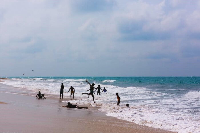 People enjoying in the Dhanushkodi Beach