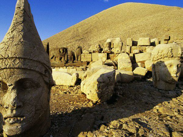 Head of Apollo at West Terrace of Mount Nemrut