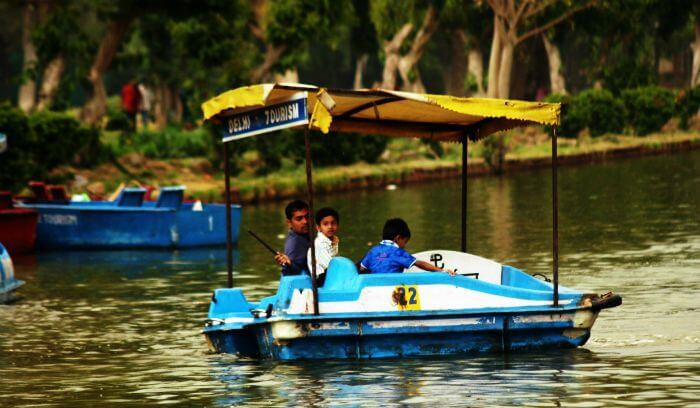 Paddle boating in lake near one of the best picnic spots in Delhi - India Gate