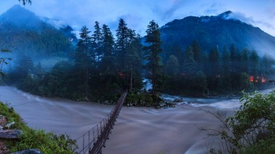 Parvati river in Kasol, Parvati Valley